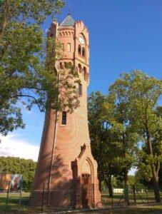 Zabytkowa Wieża Ciśnień W Biedrusku (fot. Małgorzata Dawidowska)