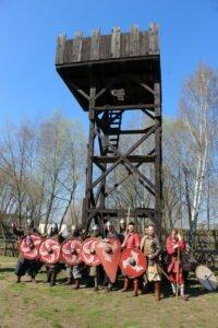 Drewniana Wieża W Grodzie Pobiedziska (fot. Bartosz Styszyński)