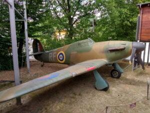 Replika Myśliwca Hurricane W Muzeum Arkadego Fiedlera W Puszczykowie (fot. Piotr Basiński)